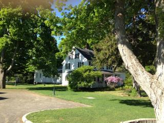Charming New England Historical - Reunions -Garden, Old Saybrook