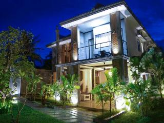 Suorkear Villa with Private Pool, Siem Reap