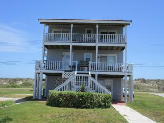 Canal front,ocean view,spa,boat ramp,kayak,pets, North Topsail Beach
