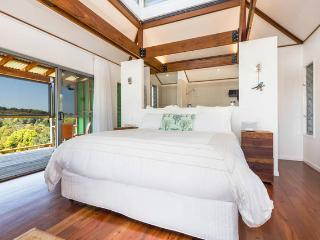 Treehouse - Eco Shack Retreat, Currumbin