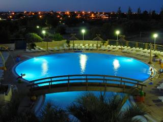 MOBILE HOME, Lattes