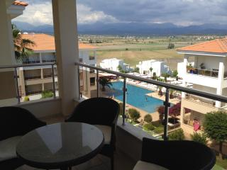 'Spring 2' F11 Luxury 2 bed apart with pool views, Side