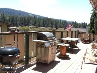 Moonridge Escape by Bear Mtn! $169/night! Jacuzzi, Big Bear Lake