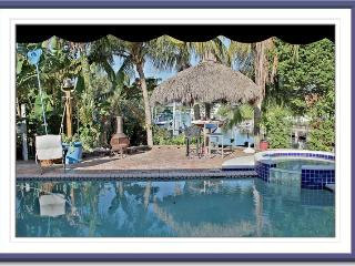 RELAXED TROPICAL ELEGANCE/HEATED POOL/SALT WATER, North Palm Beach