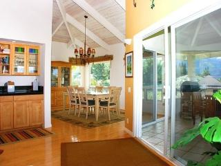 Princeville Sunset Estate - great location, views