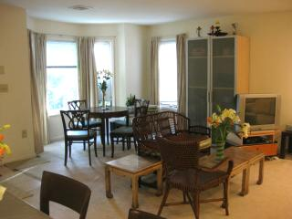 Luxury 2 Bedroom 2 Bath Condo Safe Private Excelle, Union City