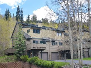 Newly remodeled 3 bedroom townhouse in East Vail. Nestled in high alpine setting with mountain views and East Vail terrain.