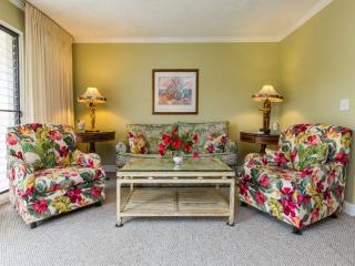 Kahala 822 Wonderful 1bd centrally located in Poipu very short walk to beaches. *Free Car with 7 nights or more*