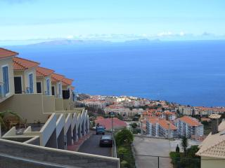 Figueirinha's Family House - Sea View, Funchal
