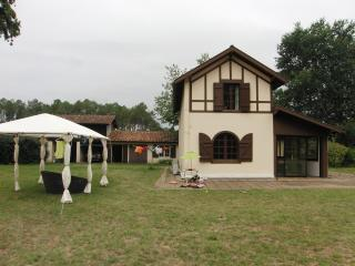 France-Landes, Charming Holiday House 10 min beach, Mezos