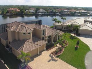 Dream Villa Majestic at Cape Coral