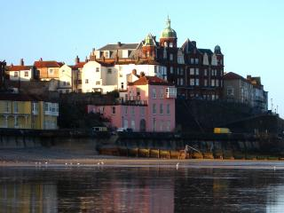 The Old Lookout Beachfront Apartment on promenade, Cromer