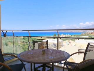 Luxury Penthouse featuring large balcony., Makry-Gialos
