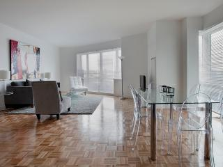 Sky City at Riverfront North - 3 Bedrooms, Jersey City