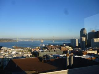 2 Bedroom Penthouse in North Beach! VIEWS!!, San Francisco