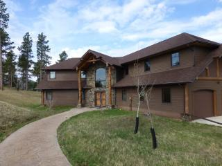 Mt. View Retreat - New Listing with beautiful views!, Lead