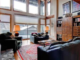 Sage Road Townhome 320 A, Ketchum