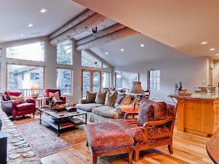 Skiway Townhome    237, Ketchum
