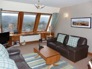 BRATHAY first floor apartment, use of leisure facilities, wonderful view in Ambleside Ref 922449