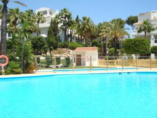 2 bed/2 bath Apt, Mijas Costa near beach and golf