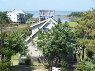 The My House- Pet friendly home with expansive marsh and sound views, Ocracoke