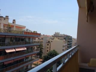 Superb 2-bed in the heart of Antibes