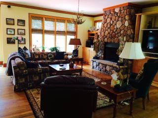 NW GA  Mountains Luxury  for Discriminating Guests, Plainville