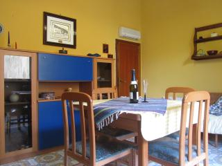ComeinSicily-Al Teatro 1bedroom apartment &terrace, Taormina