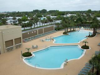 Emerald Beach Resort/Wyndham - 5 Star Luxury, Panama City Beach