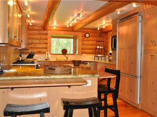 5 bed /4 ba- TETON VIEW CABIN, Wilson