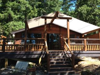 Log Cabin Rental Shawnigan Lake - TheCabinClub