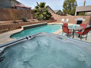 Private pool, spa, pool table, air hockey! NV11769, Las Vegas