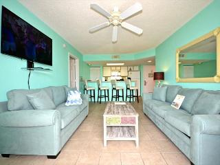Martinique Suite #108 - 2/2 Condo w/ Pool & Hot Tub - Sunset View!, Key West