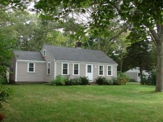 Osterville close to town 126411