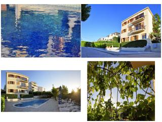 Green paradise apartment with swimming pool, Trogir