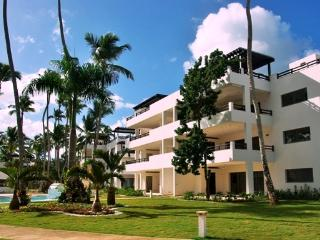 New three-bedroom penthouse beachfront condo (M9), Las Terrenas