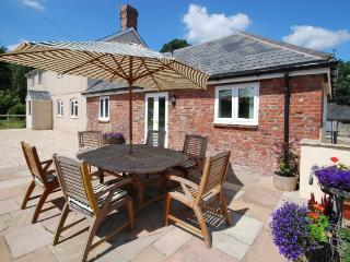 HOTCH Cottage in Sherborne, Buckland Newton