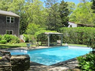 East Hampton holiday home - beach and pool!