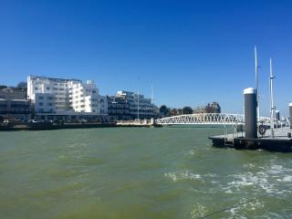 Holiday let on Cowes seafront