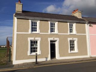 Beach House in Aberaeron full of seaside charm