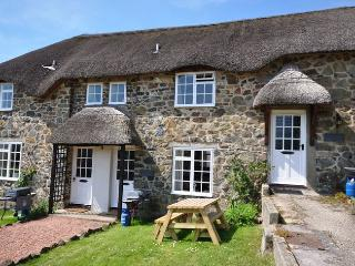HELER Cottage in Bovey Tracey