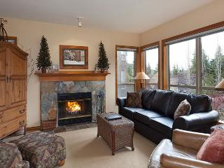 Painted Cliff #28 | Whistler Platinum | 2 Bed Ski In/Ski Out, Shared Hot Tub
