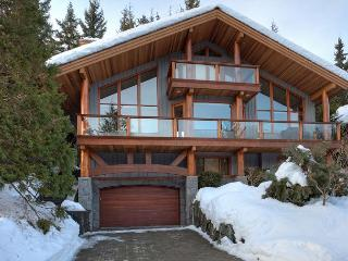Peak View Chalet | Luxury 4 Bedroom, Fireplace, Scenic Views, Private Hot Tub, Whistler