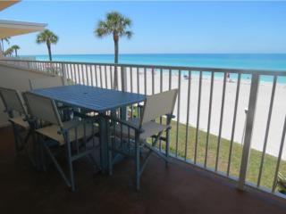 Longboat Key Gulf-front 2 BR/2 BA, amazing views