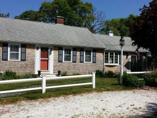 North Rd , LOTS of space, AC close to beach & pond, West Dennis