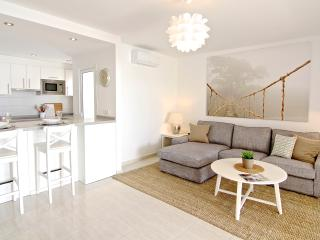 NEW Luxury Apartment Suite,        Los Charcos 111, Costa Teguise