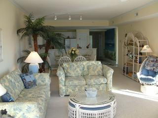 Immaculate 3 Bdrm Condo, Beautiful Sunsets, Ocean City