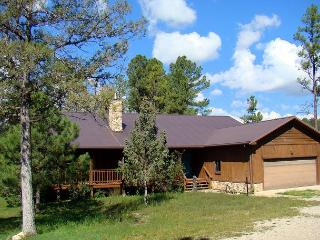 Amy's Little Ponderosa is a quiet country style home on 5 acres in Ruidoso.