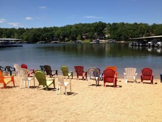 Sale $99 for open July Nights 2BR/2BA Main Channel, Osage Beach
