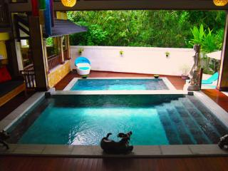 Villa Lola, 3 BR Family retreat, Sanur